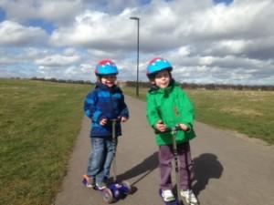 Should Kids Wear Scooter Helmets